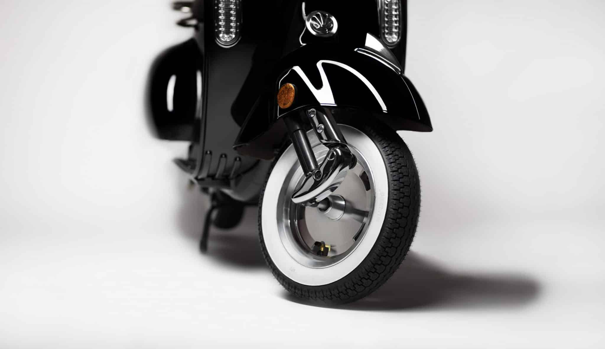 E-Roller-Vancado-2017-Reifen