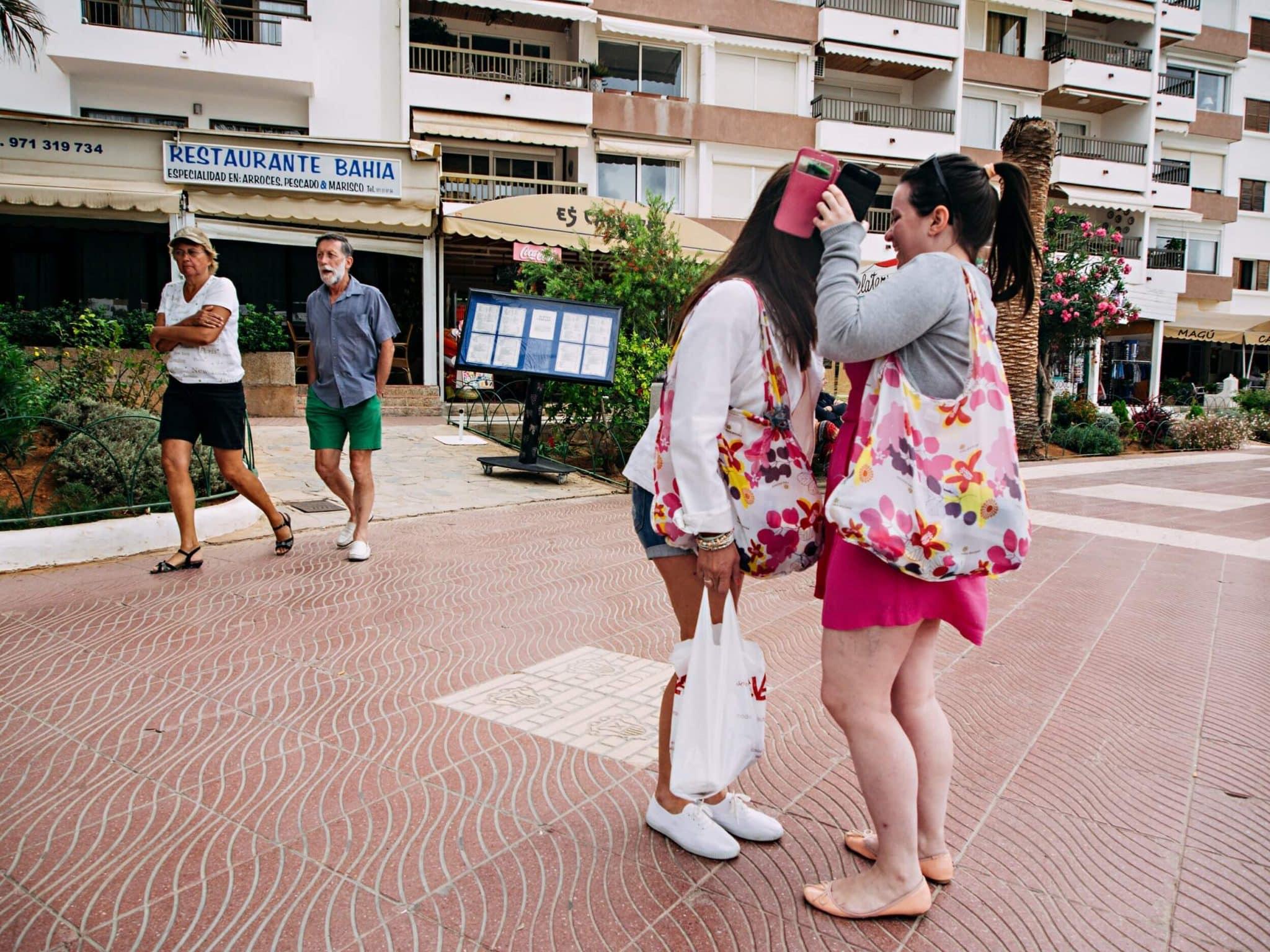 Web-Print-Ibiza-touristas-007